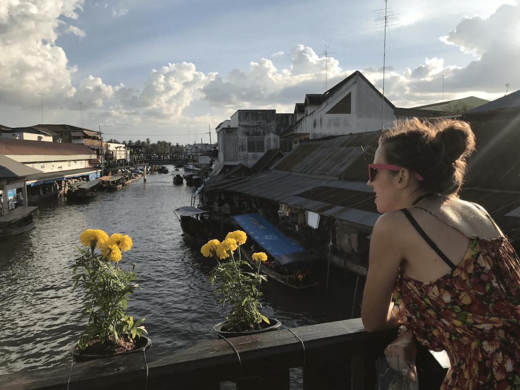 el mejor mercadillo flotante de Bangkok