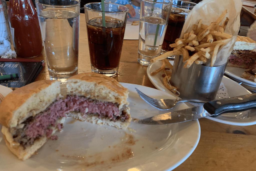 Como comer hamburguesas en Nueva York